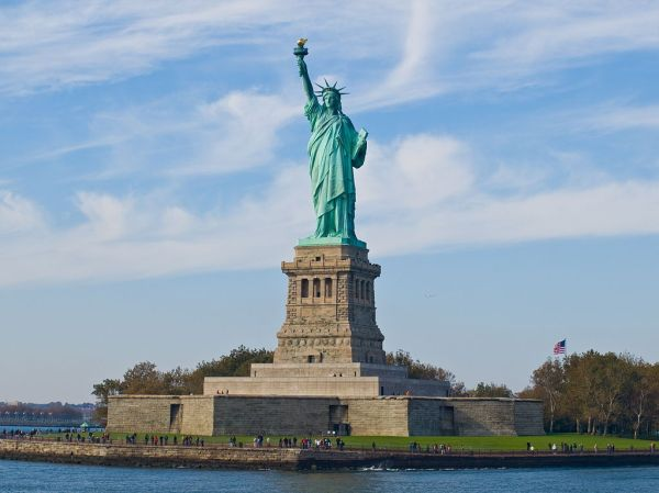 1024px-Statue_of_Liberty,_NY