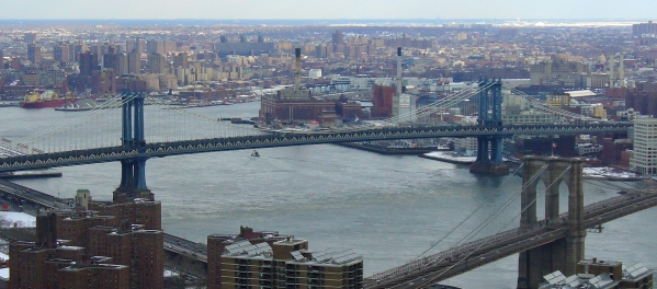 Manhattan_Bridge_by_David_Shankbone