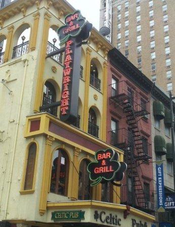 playwright-celtic-pub